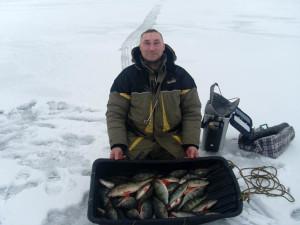Зимняя рыбалка на Ладожском озере